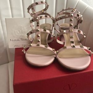 Valentino rockstud sandals in light pink